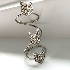 NWOT - Long Ring Arrows Silver Coloured